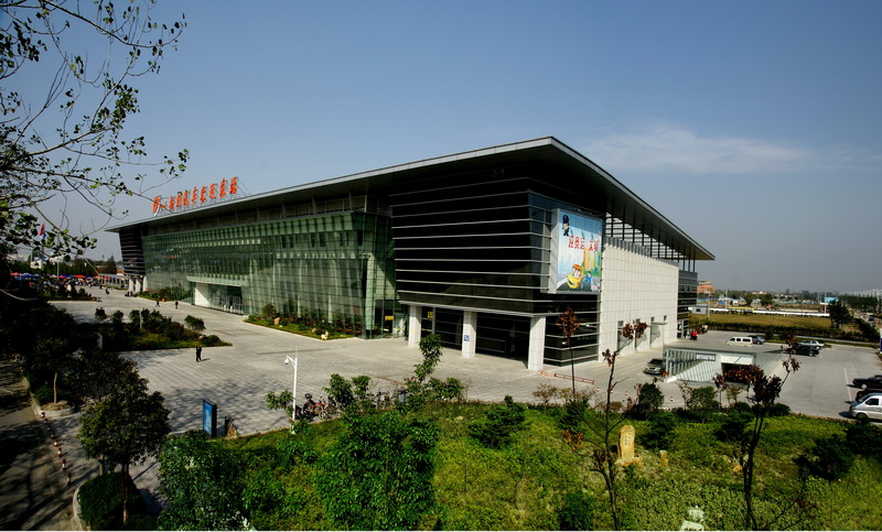 扬州汽车东站一期土建、安装工程